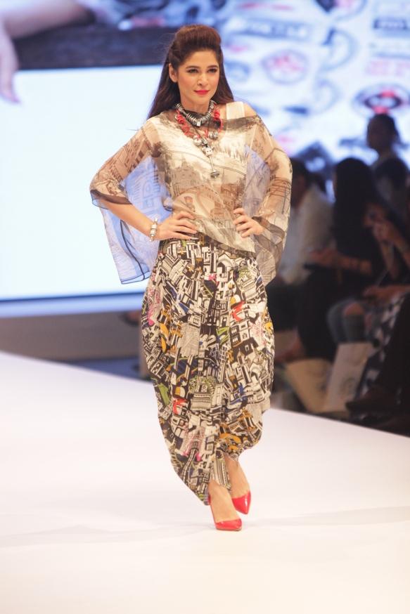 I AM Karachi - Gulabo (4)