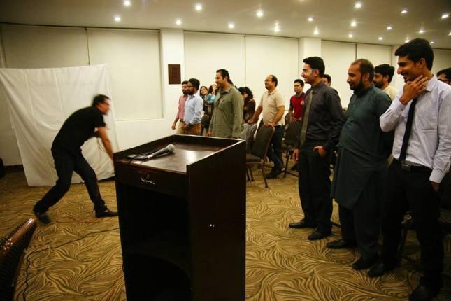 Ali Shan conducting Seminar 3