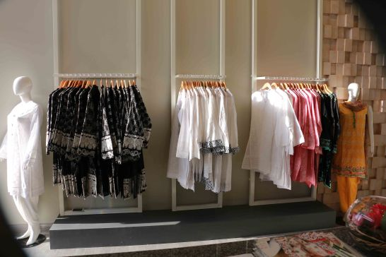 Image Fabrics opens door of their first store in Lahore (1)