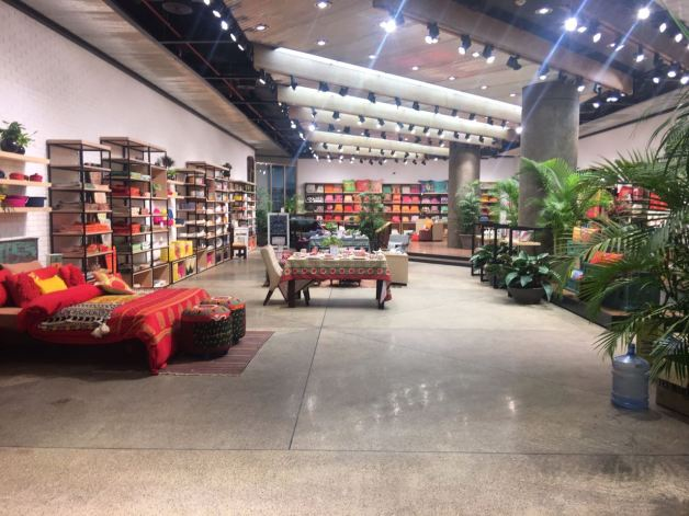 Khaadi, Khaadi world largest store,